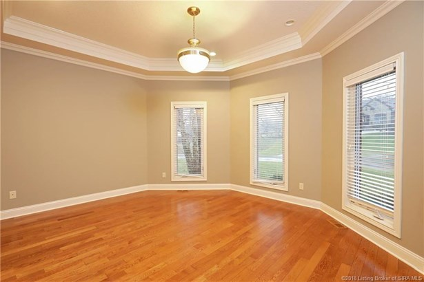 1.5 Story, Residential - Floyds Knobs, IN (photo 3)