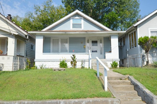 Single Family Residence, 2 Story - Louisville, KY (photo 1)