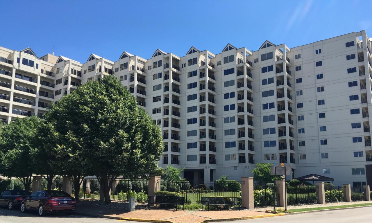 Condominium, High Rise - Jeffersonville, IN (photo 2)