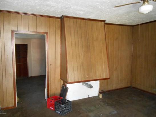 Single Family Residence, Camelback - Louisville, KY (photo 4)