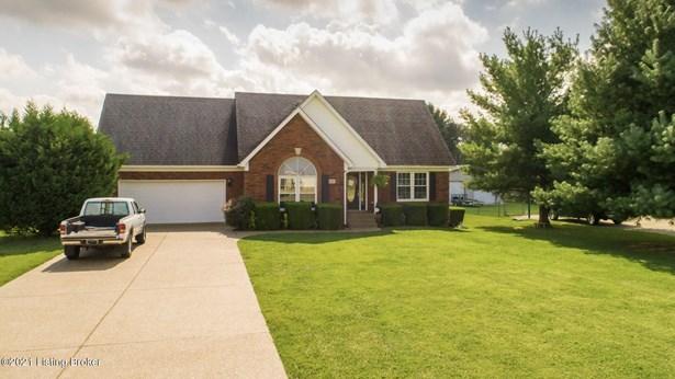 Single Family Residence, 2 Story - Shepherdsville, KY