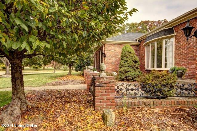 Ranch, Single Family Residential - Louisville, KY (photo 4)