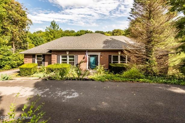 1 Story, Single Family Residence - Crestwood, KY