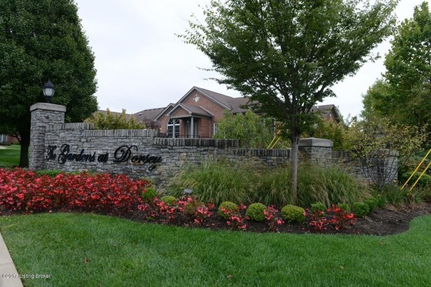 Single Family Residence, Patio - Louisville, KY (photo 2)