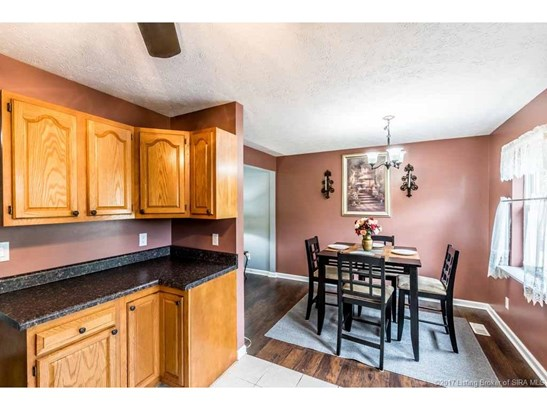 Residential, Bi Level - Jeffersonville, IN (photo 4)