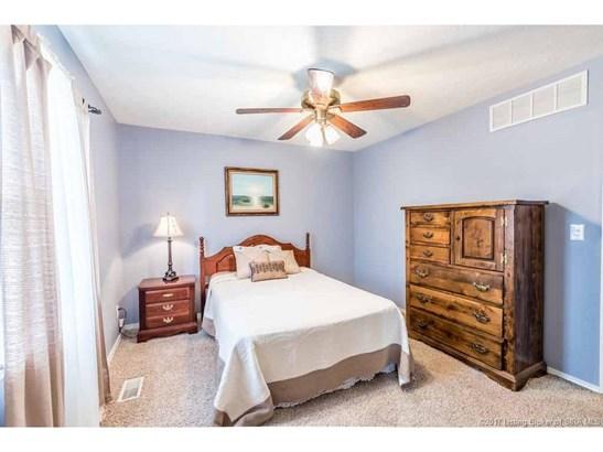 Residential, Bi Level - Jeffersonville, IN (photo 5)