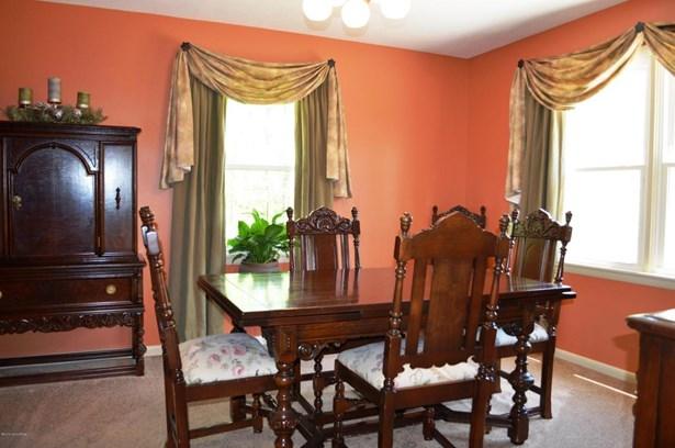 Single Family Residence, 2 Story - Jeffersonville, IN (photo 5)