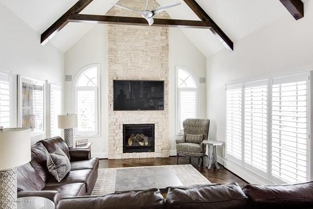 Single Family Residence, Traditional - Prospect, KY (photo 3)