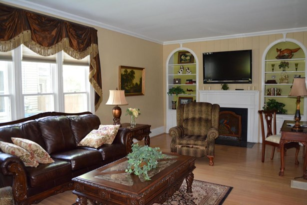 Single Family Residence, Traditional - Shelbyville, KY (photo 3)