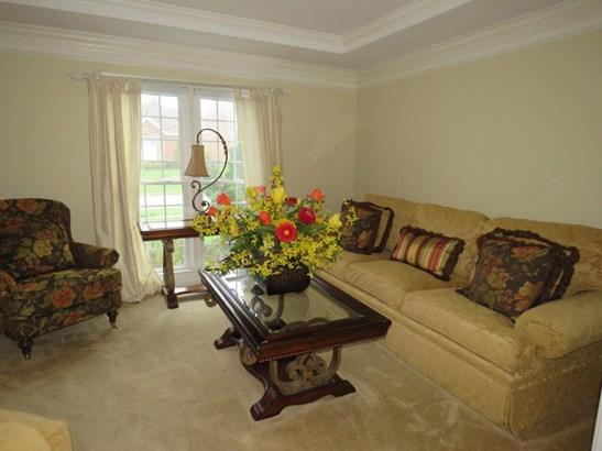Single Family Residence, Open Plan - Louisville, KY (photo 2)