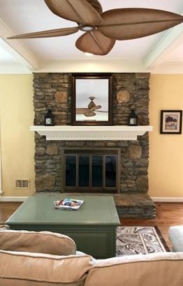 Single Family Residence, Ranch - Prospect, KY (photo 3)