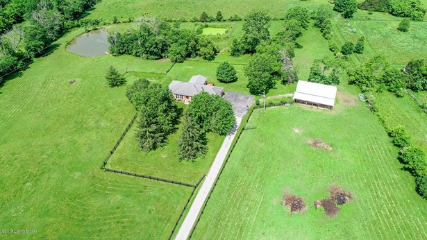 Ranch, Farm - Fisherville, KY
