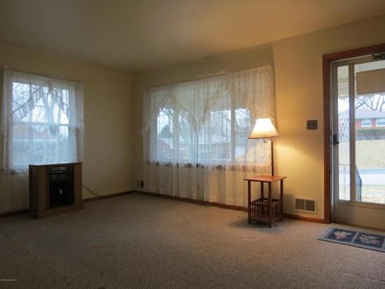 1 Story, Single Family Residence - Louisville, KY (photo 3)