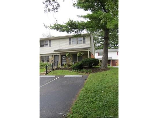 Residential, 2 Story,Condominium - Jeffersonville, IN (photo 2)