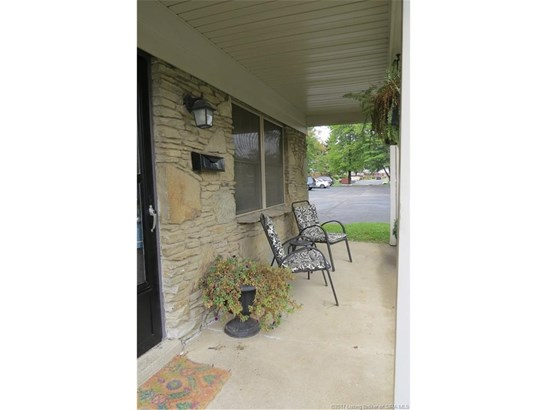Residential, 2 Story,Condominium - Jeffersonville, IN (photo 3)