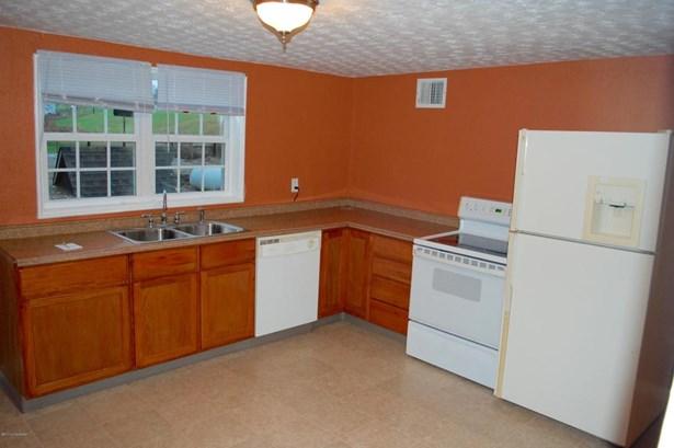 Single Family Residence, 1.5 Stories - Taylorsville, KY (photo 3)