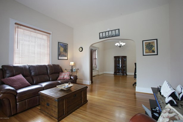 Single Family Residence, Bungalow - Louisville, KY (photo 5)