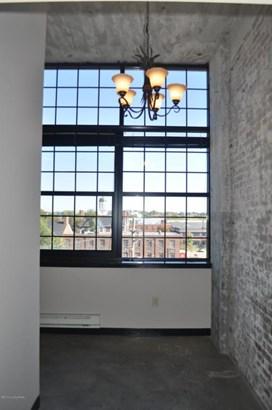 Condominium, Open Plan - Louisville, KY (photo 2)