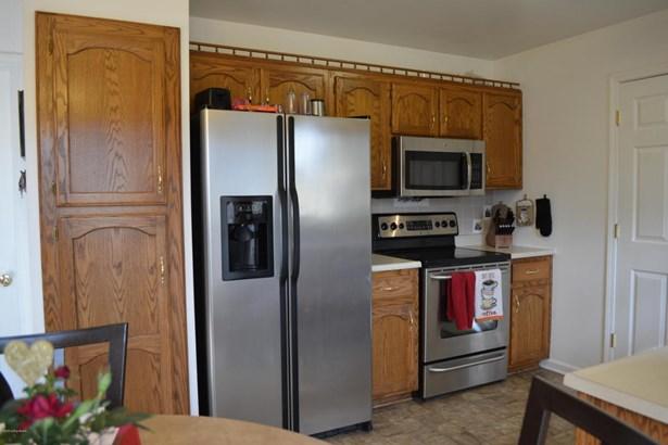 Single Family Residence, Ranch - Shelbyville, KY (photo 4)