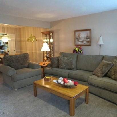 Condominium, 2 Story - Louisville, KY (photo 2)