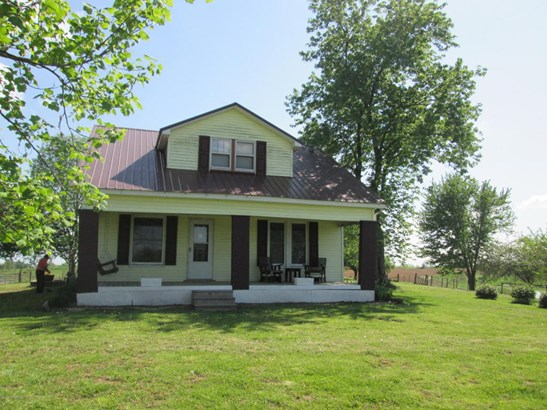 Single Family Residence, Farm - Turners Station, KY
