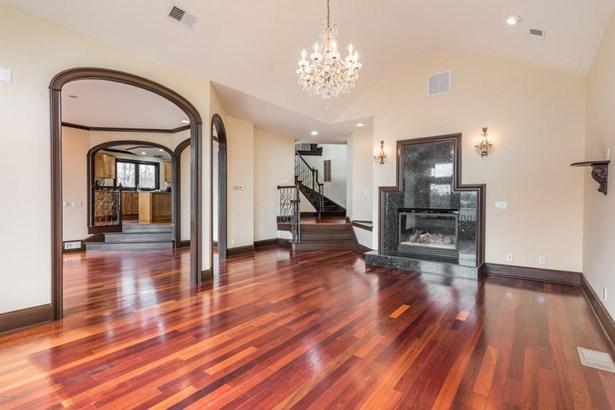 Single Family Residence, Contemporary - New Albany, IN (photo 5)