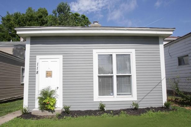 Single Family Residence, Camelback - Louisville, KY (photo 3)
