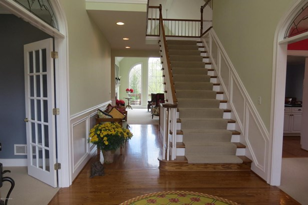 Cape Cod, Single Family Residence - Prospect, KY (photo 4)