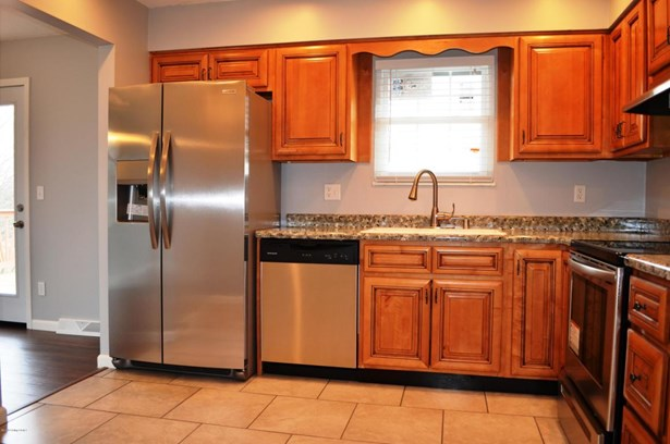 Single Family Residence, Bi-Level - Elizabethtown, KY (photo 5)