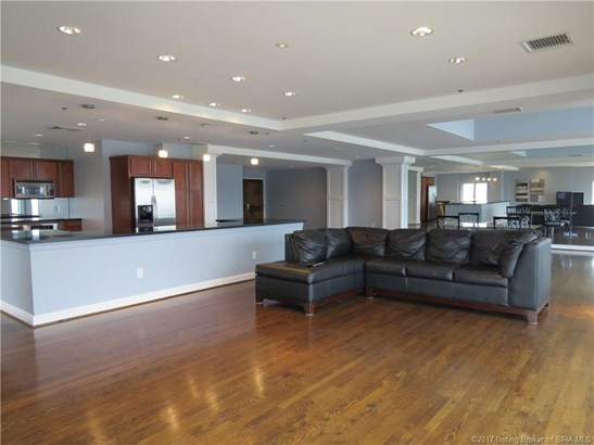 Residential, 1 Story,Condominium - Jeffersonville, IN (photo 4)