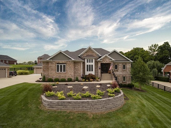 Single Family Residence, Traditional - Fisherville, KY