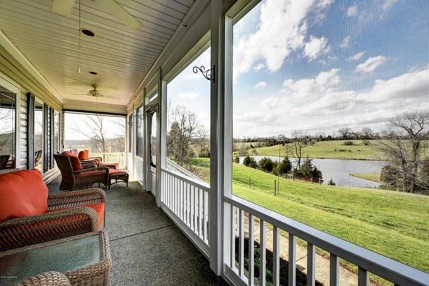 Cape Cod, Single Family Residence - La Grange, KY (photo 5)