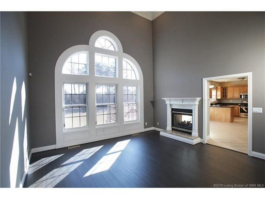 1.5 Story, Residential - Floyds Knobs, IN (photo 4)