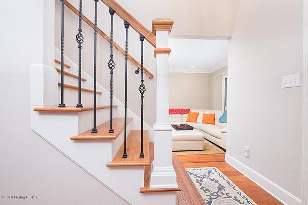Single Family Residence, 2 Story - Crestwood, KY (photo 4)