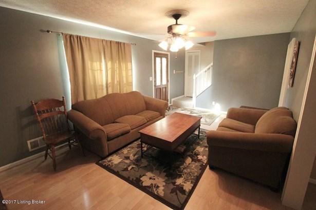 Cape Cod, Single Family Residence - Goshen, KY (photo 3)