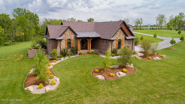 Single Family Residence, Ranch - Finchville, KY