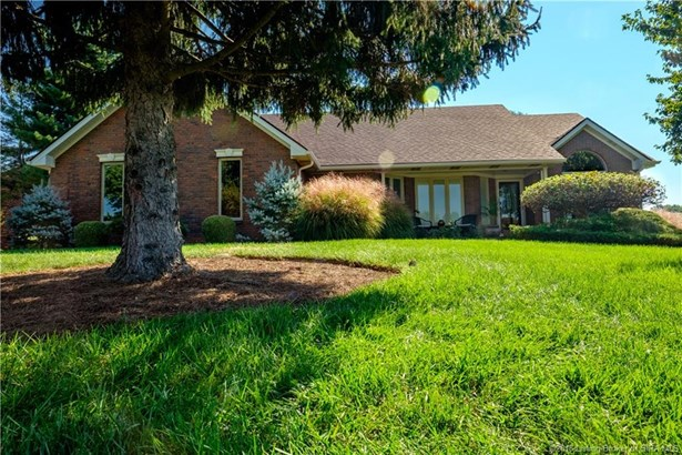 1 Story, Residential - Floyds Knobs, IN