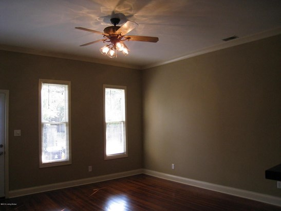 1 Story, Single Family Residence - Louisville, KY (photo 4)