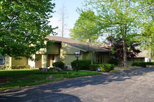 Single Family Residence, Quad Level - Salem, IN (photo 2)
