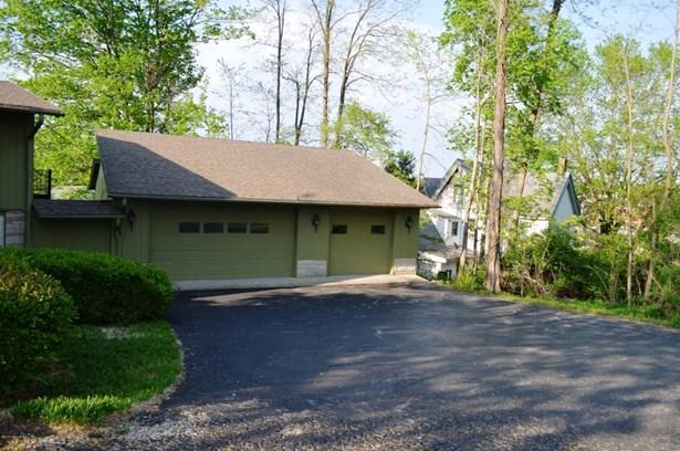 Single Family Residence, Quad Level - Salem, IN (photo 4)