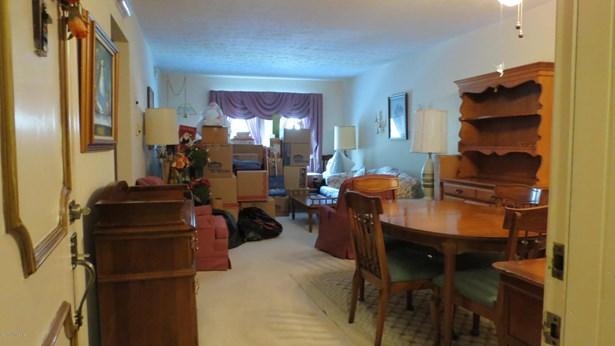 Condominium, 3 Story - Louisville, KY (photo 2)