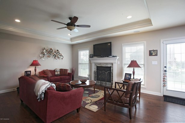 Single Family Residence, Open Plan - Louisville, KY (photo 5)
