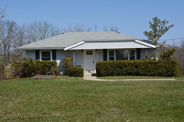 Single Family Residence, Ranch - Waddy, KY (photo 1)