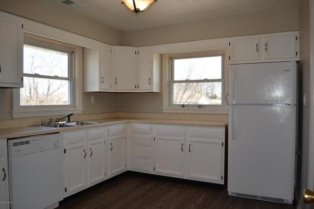 Single Family Residence, Ranch - Waddy, KY (photo 2)