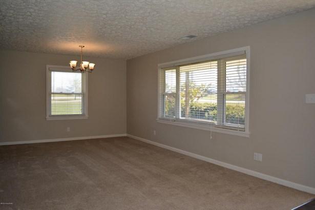 Single Family Residence, Ranch - Waddy, KY (photo 5)