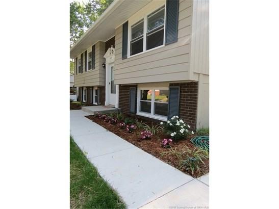 Residential, Bi Level - Jeffersonville, IN (photo 2)
