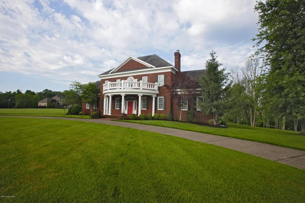 Single Family Residence, Colonial - Louisville, KY (photo 1)