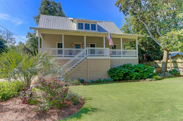 421 E Hudson Avenue, Folly Beach, SC - USA (photo 2)