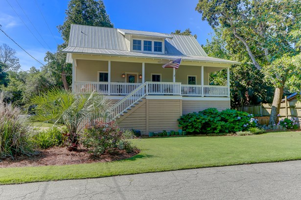 421 E Hudson Avenue, Folly Beach, SC - USA (photo 4)