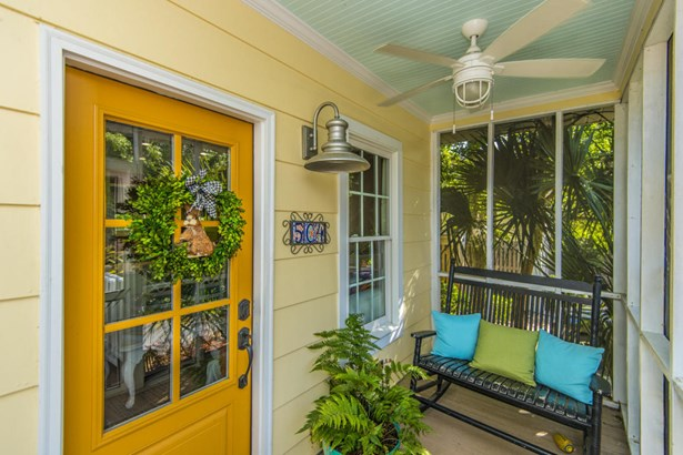 504 E Cooper Avenue, Folly Beach, SC - USA (photo 5)